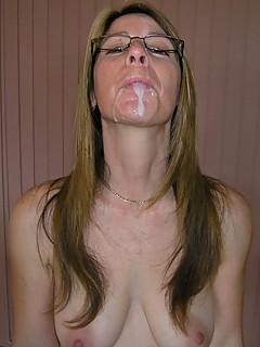 Pregnant Cumshot Glasses - Mature Glasses Porn - PornPicsAmateur.com
