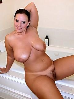 Nude girls practicing sucking dick