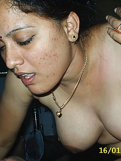 amateur indian granny - Enjoy our scandal amateur galleries that looks incredibly dirty, let's see  them all to be sure! Enjoy.