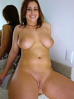 Rough Mpegs Sexy Nude Curvey Woman