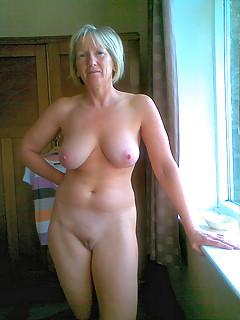 Amature grannie nude