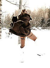Nude Winter photo 4