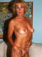 Mature Pussy Pics photo 5